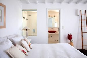 rooms-ostraco-hotel-mykonos-wedding-style-12