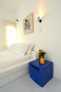 rooms-ostraco-hotel-mykonos-wedding-style-6