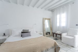 rooms-ostraco-hotel-mykonos-wedding-style-9