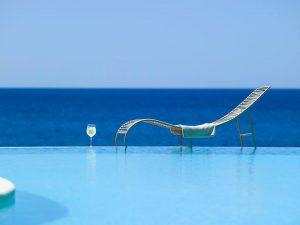 up-wedding-style-artemis-hotel-milos-suites-3
