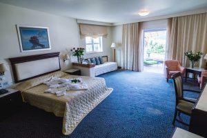 crithonis-paradise-hotel-wedding-style-leros-dwmatio-1