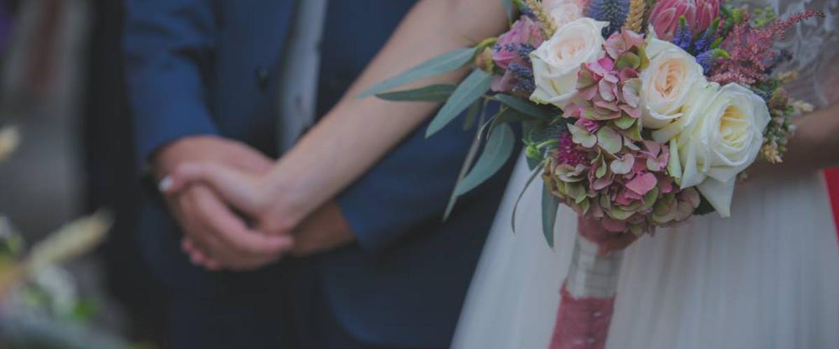 Lionakis wedding section